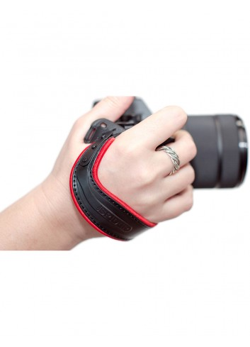 SPIDER CAMERA HOLSTER Spider Light, Hand Strap Red